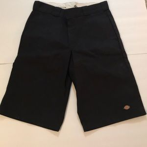 Dickies black relaxed fit work shorts NWT Size 32
